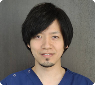 秋葉原UDX歯科 歯科医師 飯塚